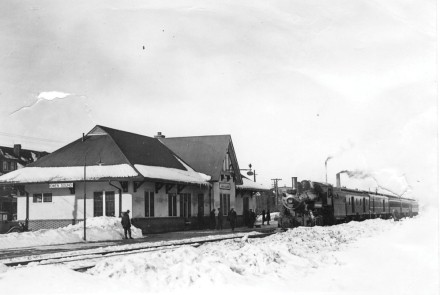Exterior of the CNR Rail Station, now the Owen Sound Visitor Information Centre